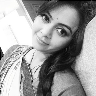 Photo Devoleena Terbaru