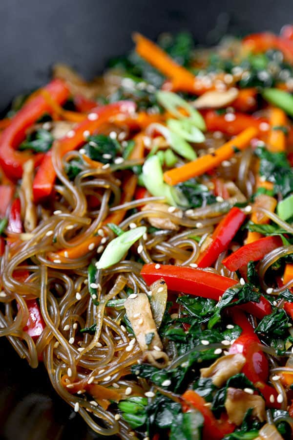 JAPCHAE RECIPE (KOREAN GLASS NOODLES)