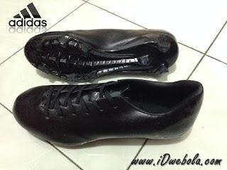 Sepatu Bola Adidas Adizero F50 BlackOut