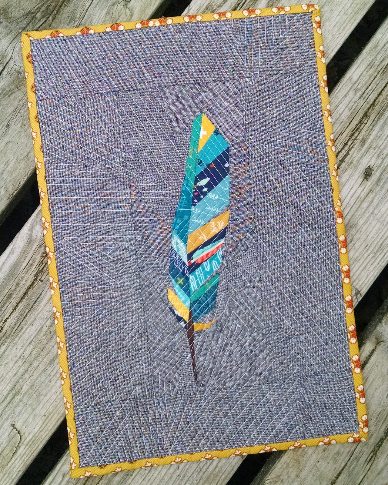 Its Maggie Made Contour Feather Mini Quilt