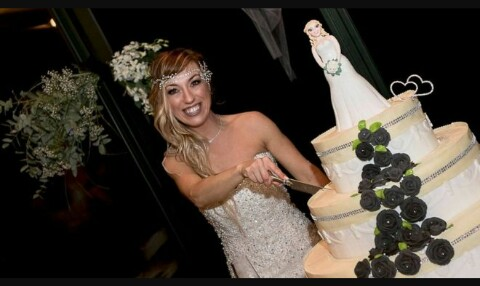 Italian Woman Marries Herself After Failure to Find a Husband at 40