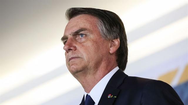 'Não quero essa porcaria de foro privilegiado', disse Bolsonaro ao lado do filho