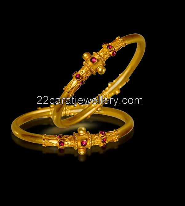 Gold-Bangles-for-Girls Gold Bangles Designs Collection 2016 For Girls