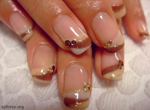Imagenes de Uñas decoradas - lindas decoraciones con esmalte y uñas postizas con piedras