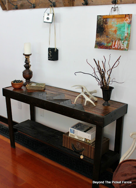 Reclaimed wood table made with pallets and barn wood