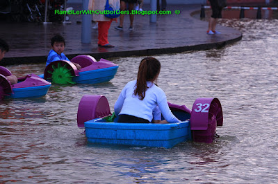 Paddle boat, Pool, rooftop, Vivocity, Singapore