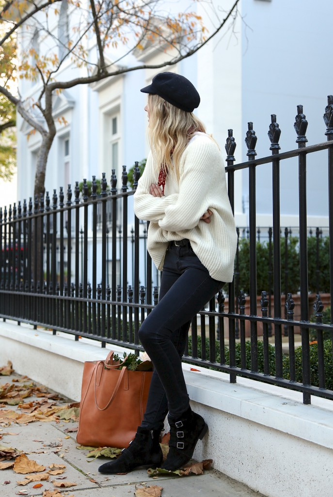The Style Bloggers  75d3440455119