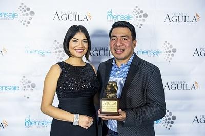 premio aguila a Revista Actitud