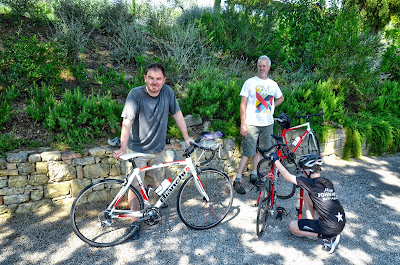 cycling tuscany italy carbon road bike rental in Siena Chianti