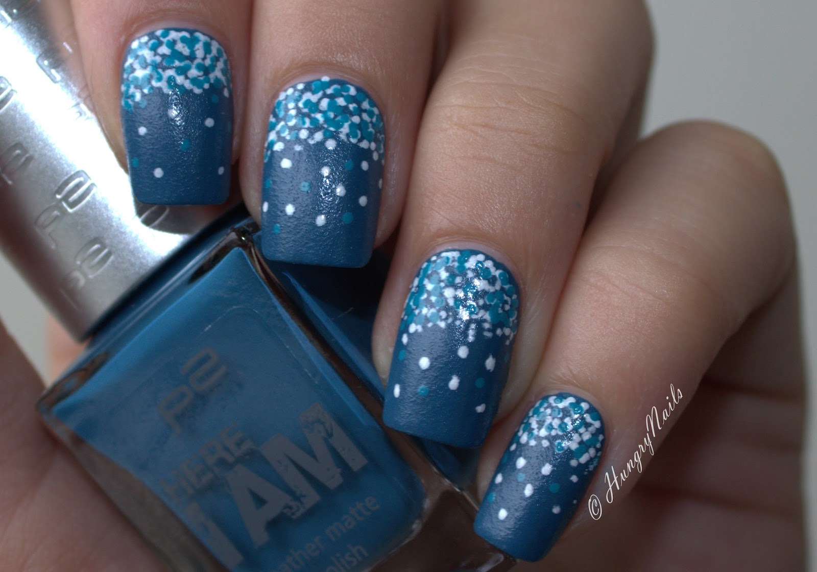 http://hungrynails.blogspot.de/2014/09/blue-friday-confetti-nails-mit-p2-here.html