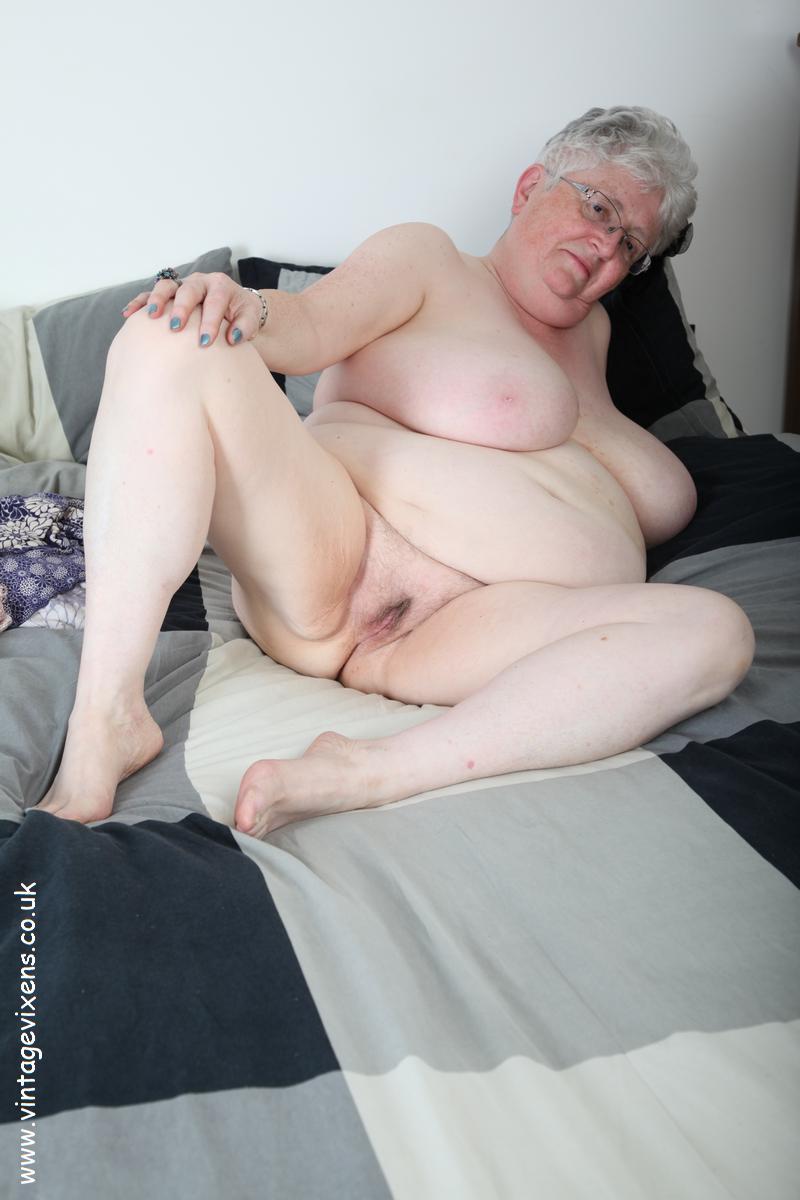 Free Granny Naked Pics