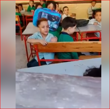 شاهد الطفل العيوطة ..  مقطع فيديو والنبي يا حجة عايز انام ربع ساعة بس .. الاكثر انتشارا علي الفيس بوك