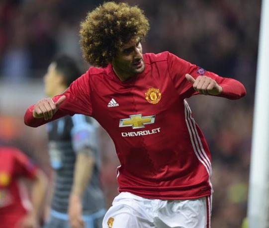 Mourinho Ingin Fellaini Tetap di Manchester United