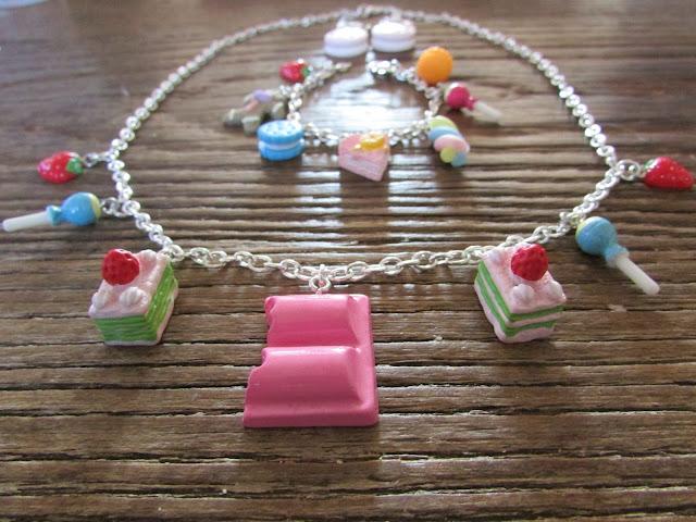 parure de bijoux, collier, bracelet, gourmandise, bull à moa, perle des loisirs