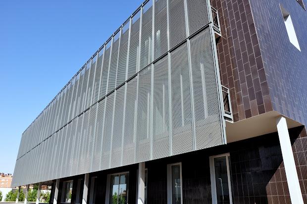 Imar - Arquitectura & Metal Architecture Clnica Univeritaria De Manresa -spain