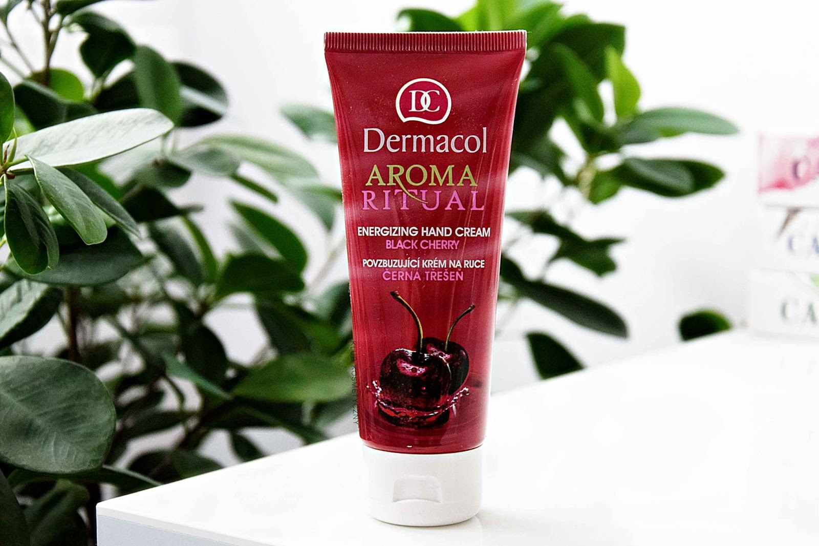 Dermacol, Aroma Ritual Black Cherry - krem do rąk