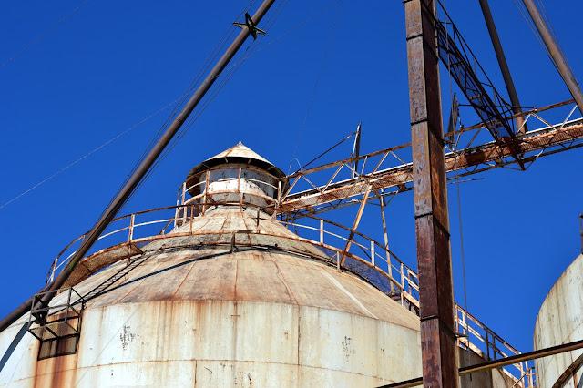 silos, magnolia market