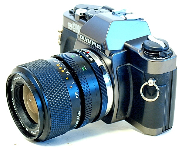 Olympus OM-2000, Right Top Front