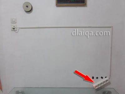 terminal terlepas dari tembok karena hanya direkatkan dengan multi-tape