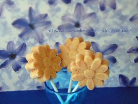 Mini Datteln Ice Cream Pops (zuckerfrei) - Eislolis mit Datteln
