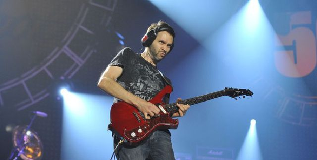 Tocar-guitarra-como-Paul-Gilbert-00