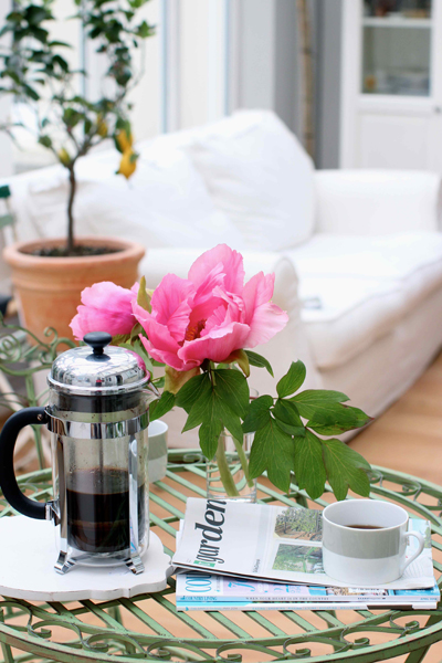 photo peonies-and-coffee_zpspqwqntp3.jpg