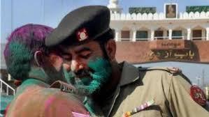 पाकिस्तान में भी होली का रंग