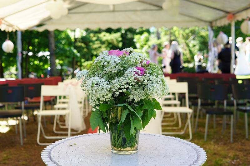 outdoor wedding juhla, häät, ulkovihkiminen