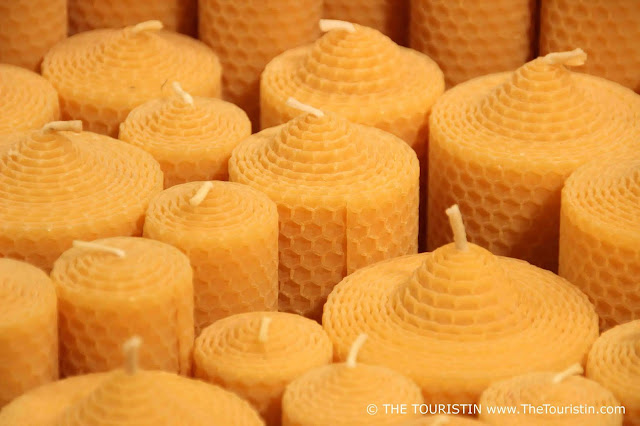 beeswax candels christmas market dresden germany