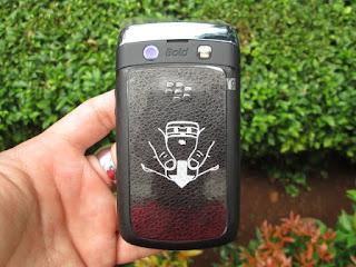 hape seken Blackberry Onix 9700