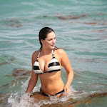 Kelly Brook Luciendo Cuerpazo En Las Playas De Miami. Foto 3