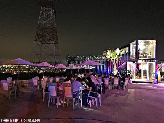 IMG 1537 - 台中沙鹿│向海咖啡屋*夢幻紫色玻璃貨櫃屋。咖啡與旋律伴你欣賞星光夜景