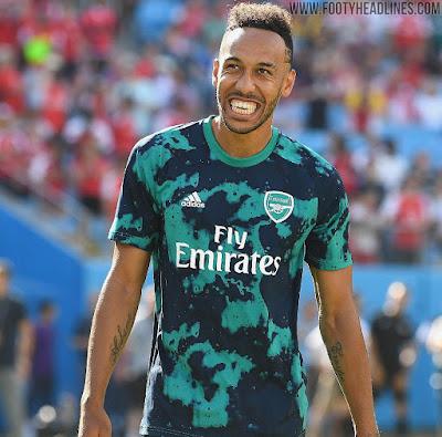 adidas Mens Arsenal FC Prematch Shirt 2019-20