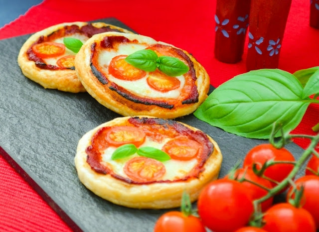 Close up of Puff Pizza Pies