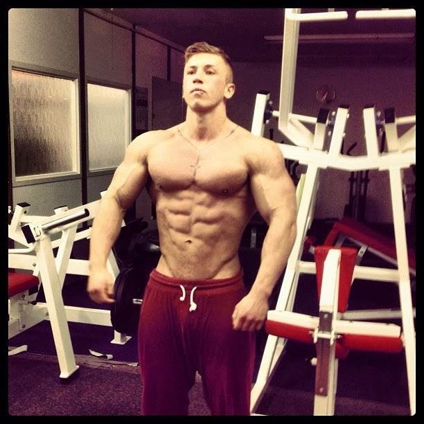 Daily Bodybuilding Motivation: 19 Year Old Alex Rendon