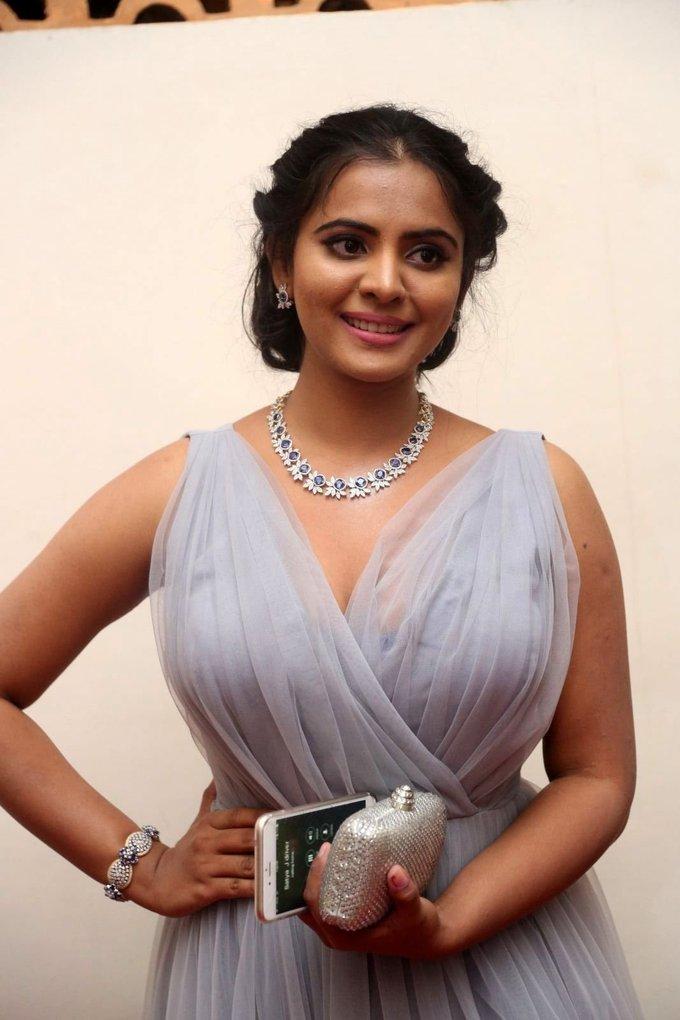 Hyderabad Beautiful Girl Manasa latest Stills In Violet Dress