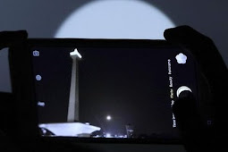 Tips Memotret Gerhana Bulan Total Menggunakan Kamera Ponsel