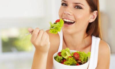 Come mantenere cervello giovane: proprietà insalata