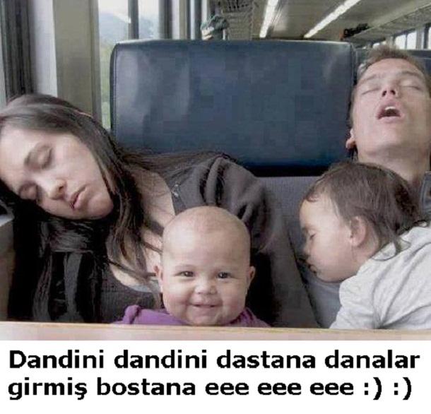 çocuk, çocuk uyutmak, aile, anne, baba, kardeş, komik resim
