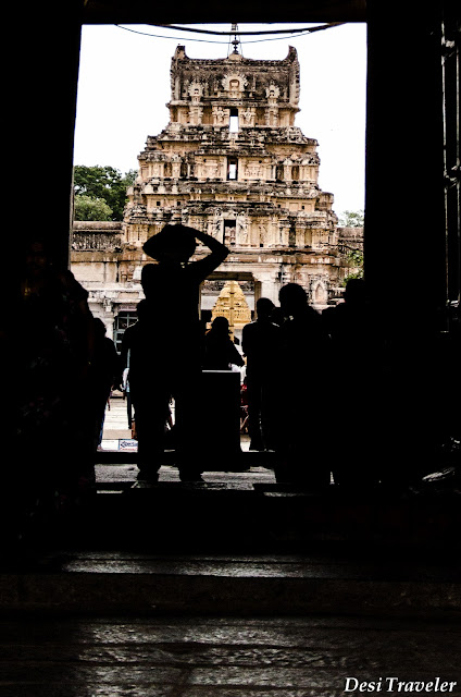 entrance to the hampi temple