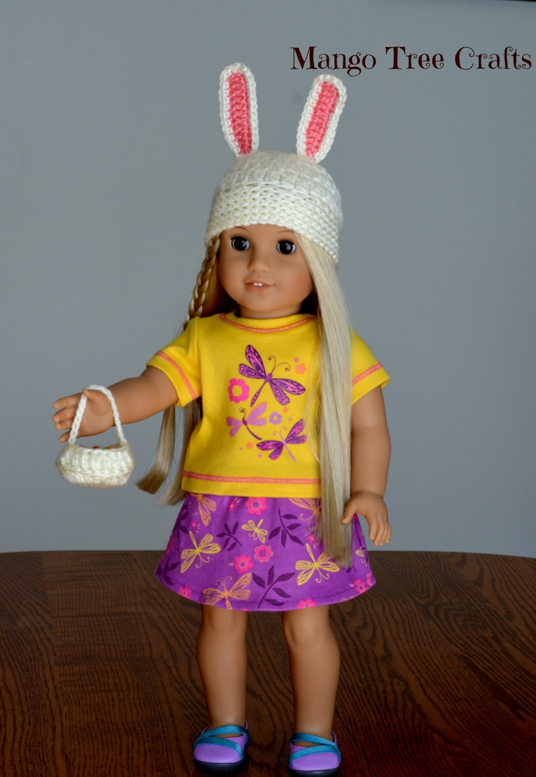 Crochet hat for American girl doll