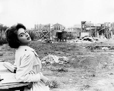 http://ildiscorotto.tumblr.com/post/140298848692/anna-maria-ferrero-cinecitt%C3%A0-studios-rome-1959