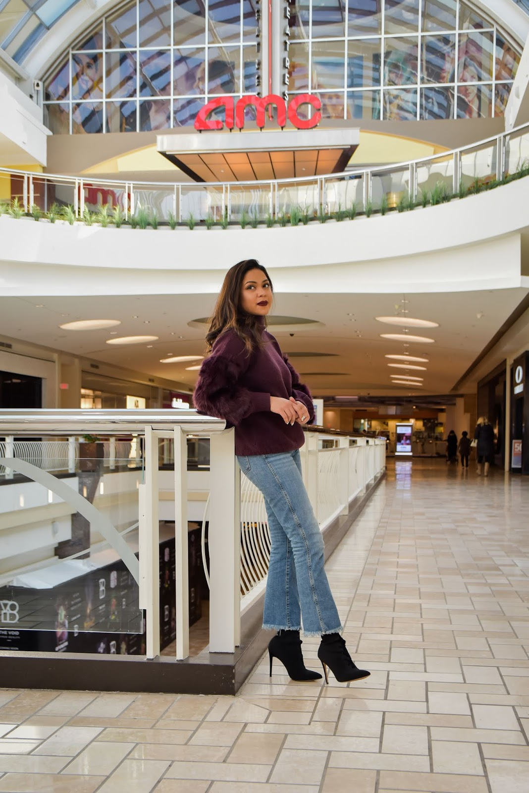 brandbox, tysons corner, saumya in the city, DC blogger, fashion, style, french connection sweatr, fur sleeve sweater, mall style, shopping, saumya shiohare, myriad musings