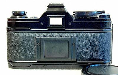 Canon AE-1, Back