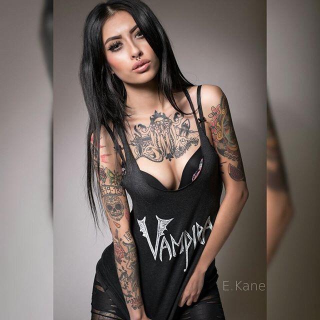 Tattoo model karla blackburn