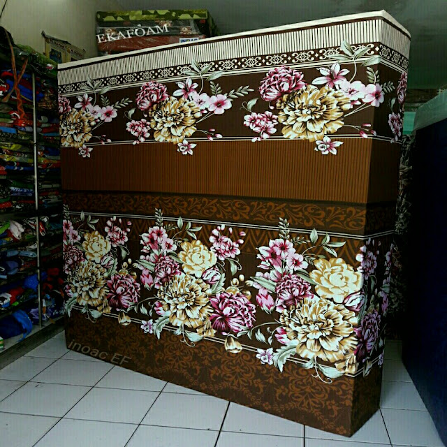 Kasur inoac motif bunga diva coklat 1