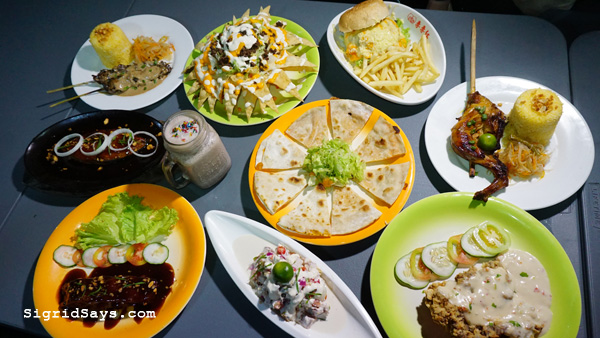 The Dee Loo Restobar and Grill - The Boxes - Bacolod restaurants