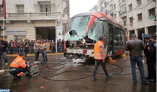 Casablanca (Maroc): un tramway percute un camion et déraille (vidéo)