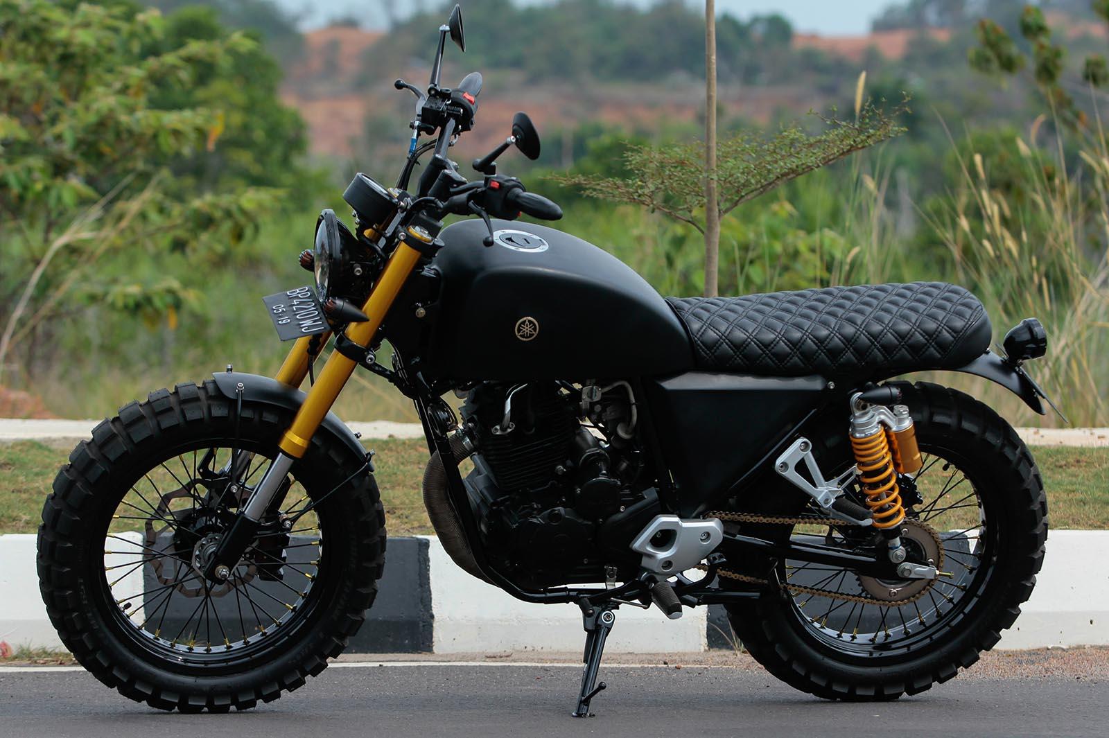Yamaha Scorpio 225 Custom Modifikasi Scrambler Tracker