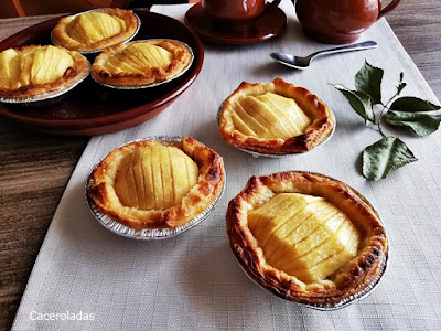 Tartaletas de hojaldre con manzana fácil y rápida